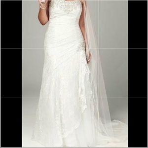 NWT David's Bridal wedding dress, slip, headpiece,